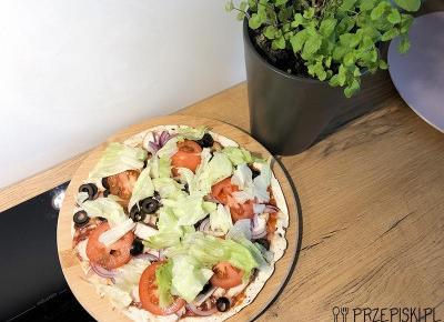 Szybka Pizza z Patelni na Tortilli
