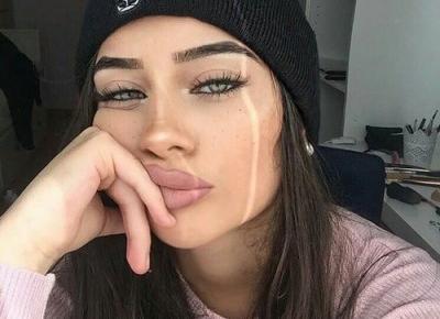 24-letni mężczyzna spotyka 18-letnią kobietę