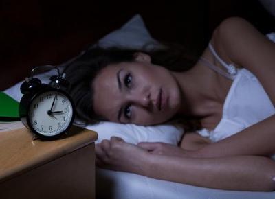 Kilka sposobów na opróżnienie głowy przed snem ...