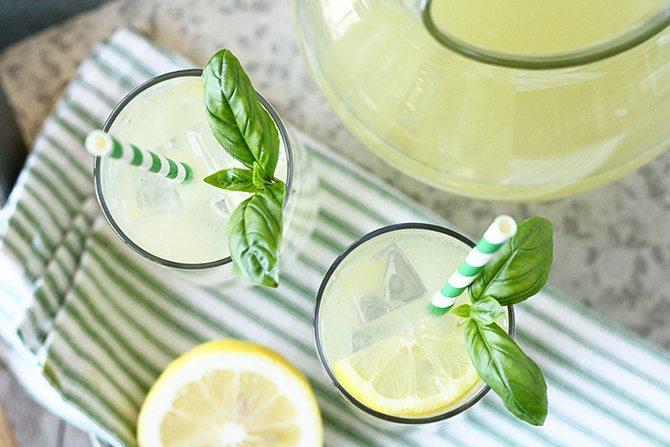 5 przepisów na domowe i orzeźwiające lemoniady