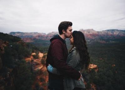 Jak odróżnić zauroczenie od prawdziwego zakochania?