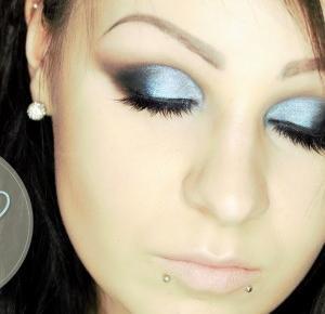 Air Blue Smoky Eyes krok po kroku