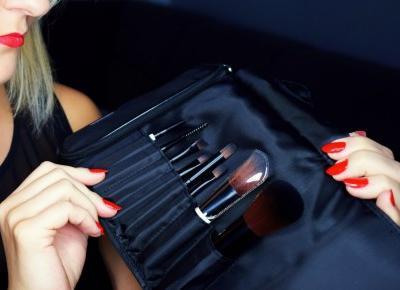 Zestaw mini pędzli do makijażu Lily Lolo
