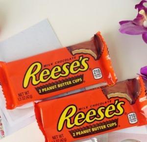 Dookola-swiata: Paczka dla siostry - dużo słodkości