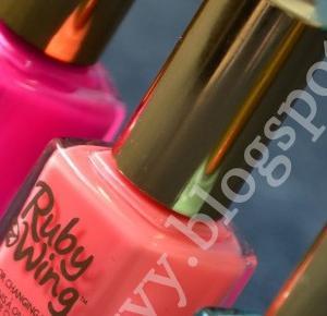 uroda dramatycznie.: RECENZJA: Ruby Wing, czyli lakier zmieniający kolor pod wpływem promieni słonecznych