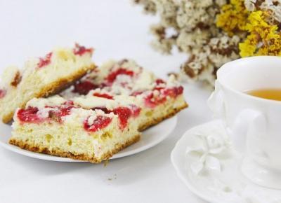 # Ciasto Drożdżowe z truskawkami i rabarbarem - Patrycja