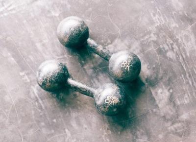 Ćwiczysz, zdrowo się odżywiasz, ale waga ani drgnie? Mam na to receptę