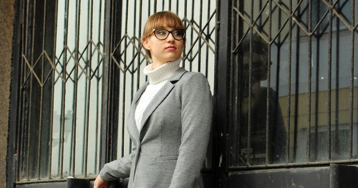 eMdzeJ: #7 Vintage ala Businesswoman