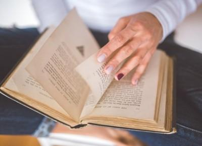 """""""Czytam książki więc jestem lepszy od większości ludzi!"""""""