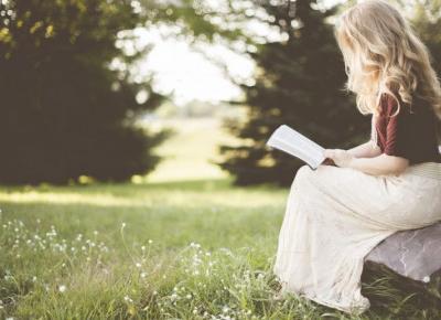 7 książek, które musi przeczytać każda dziewczyna