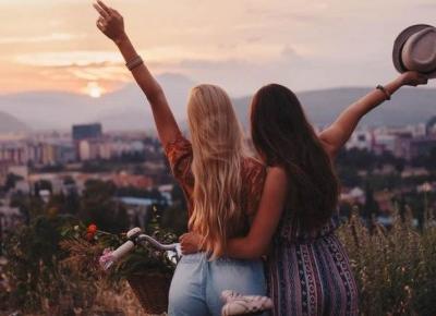 Porady jak znaleźć najlepszą przyjaciółkę w nowej szkole?!