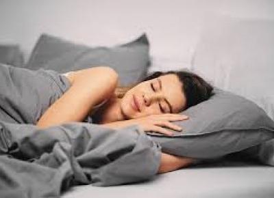 8 lifehacków na lepszy sen