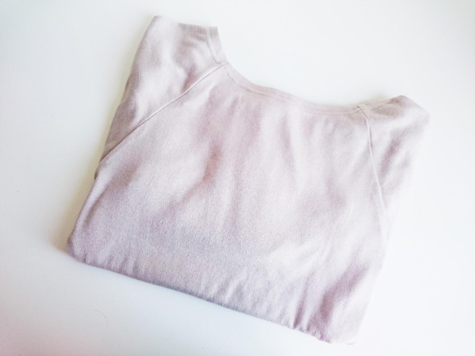 Sukienka z długimi rękawami (ZNU)