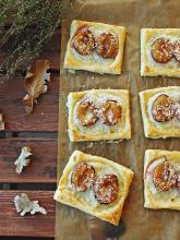 Kuchnia Ellie: Francuskie ciasteczka z budyniem i śliwkami