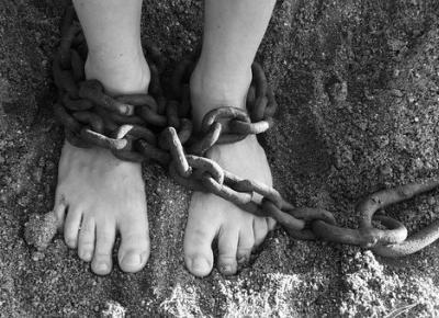 Ewa Kalina: Każdy z nas jest niewolnikiem.
