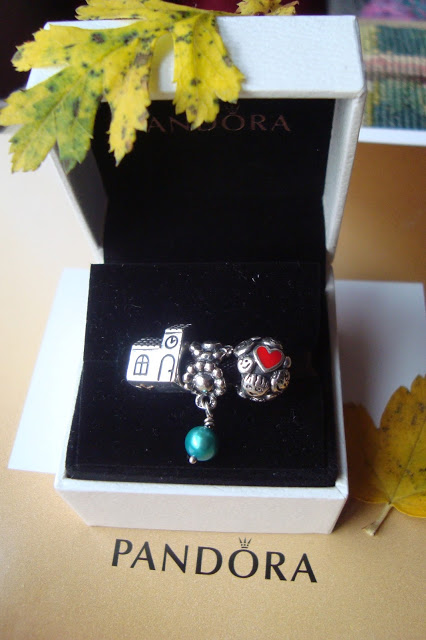 Ewushia: PANDORA - Three Rare Charms - Unikalne charmsy. Teraz razem!