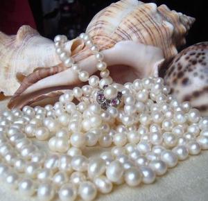 Uwielbiam te perły ! NOWY post na blogu ( link dostępny w bio ) trochę info o perłach