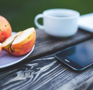Zdrowe, ekspresowe przekąski z jabłka w nowej odsłonie.