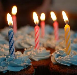 Pierwsze urodziny bloga Fit na obcasach   konkurs-niespodzianka!