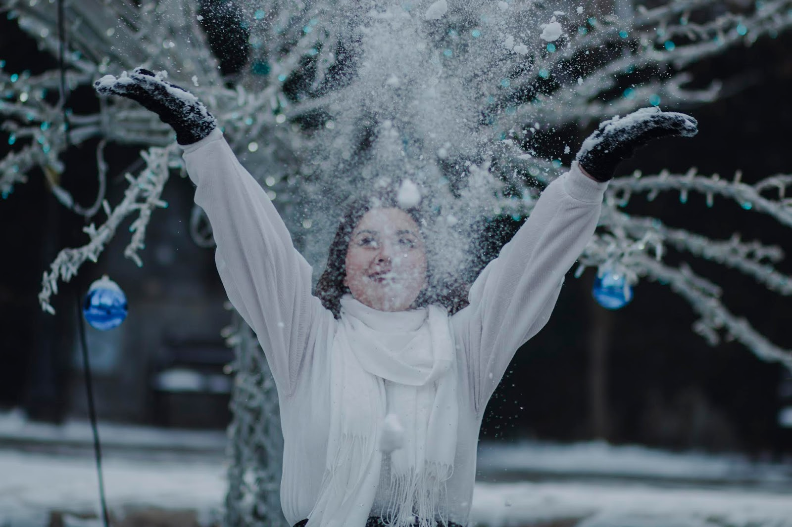 Wiktoria ( inna ) i szybka sesja zimowa  | FotoHart