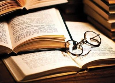 Okularnica czyta: Magiczna Księgarnia book tag