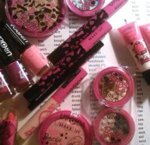My little world: Produkty z linii Barbie firmy URODA.