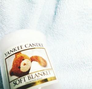 Ayuna: Soft Blanket.