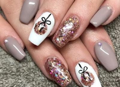 30 pomysłów na świąteczny manicure!