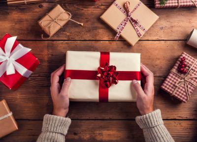 EKO: Zapakuj swoje prezenty świąteczne  w tkaniny!