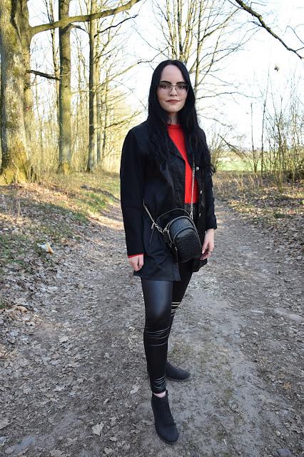 Femme Luxe - czerwona bluzka z organzy oraz legginsy z ekoskóry                     Simply my life