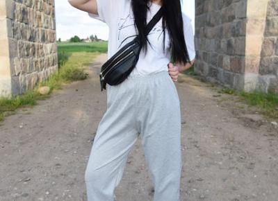 FemmeLuxe - koszulka z napisem perfect oraz szare spodnie dresowe | Simply my life