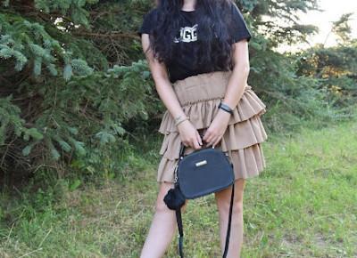 Koszulka z napisem blogger | Czy warto mieć pasje?         |          Just Look Good