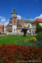 czarny-czerwony-żółty: Kraków- królewskie miasto z bogatą historią.