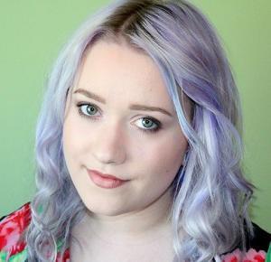Lawendowe włosy - jak je uzyskać?    fimik