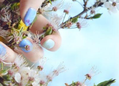 Błękit i pistacja - wiosenny manicure z Victoria Vynn - Like a porcelain doll