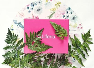 Liferia box - czerwiec  - Like a porcelain doll