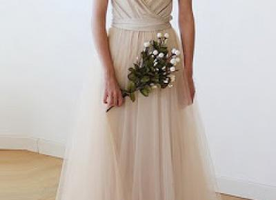 filigranowe w maxi sukienkach? porady w dobraniu idealnej maxi sukienki dla niższych