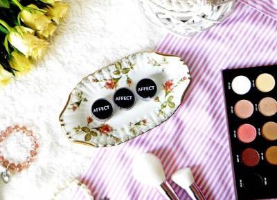 Czerwona Strona Nieba: Affect Cosmetics - sypkie pigmenty oraz paleta 'Pure Passion'