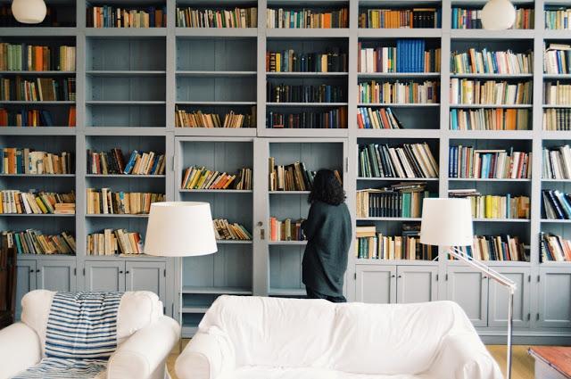Dlaczego warto mieć w domu więcej książek, niż jesteś w stanie przeczytać?