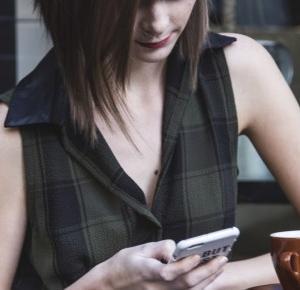 4 aplikacje mobilne dla książkomaniaków