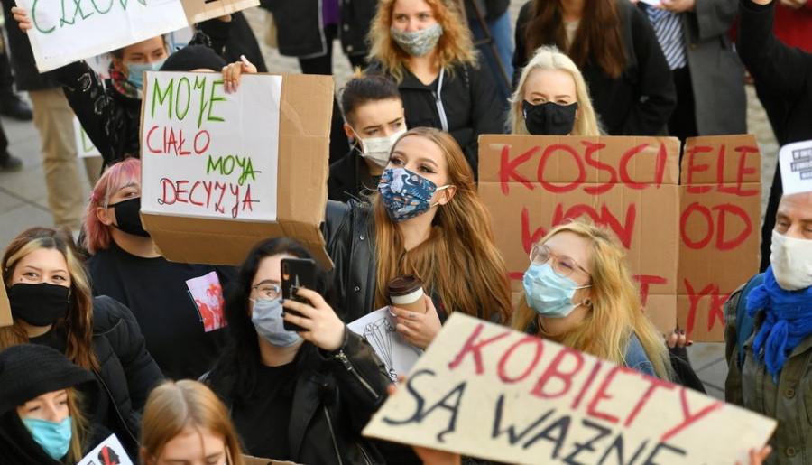 Dania przekaże 12 milionów złotych na pomoc Polkom w legalnych aborcjach