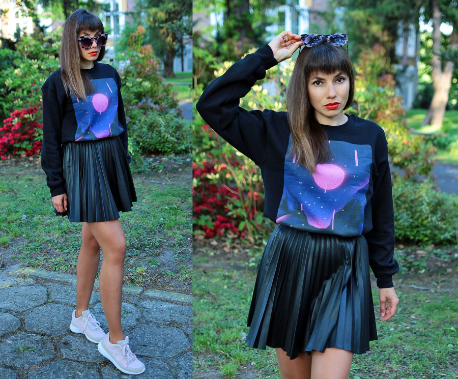 Jointy&Croissanty: sweatshirt and skirt