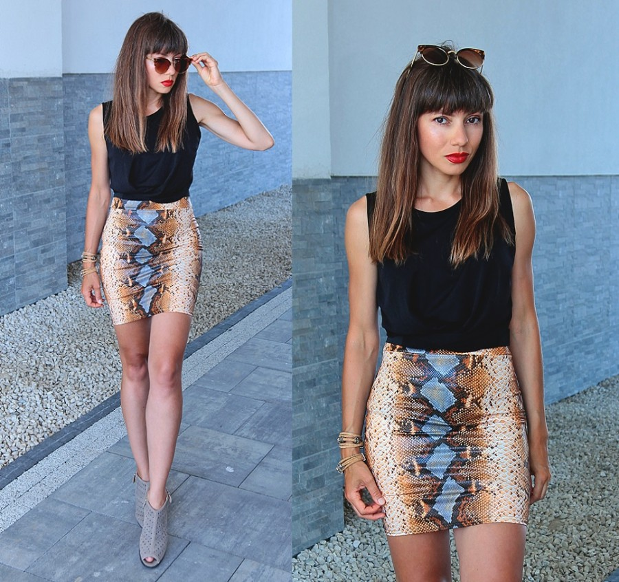 Jointy&Croissanty;: snake print skirt