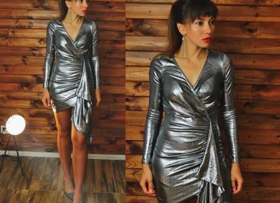 Jointy&Croissanty;: metallic dress