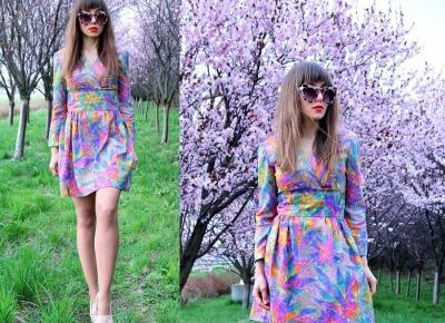 Jointy&Croissanty;: psychedelic vintage dress