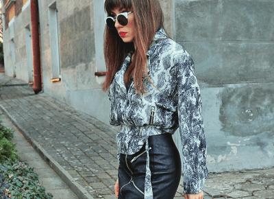 Jointy&Croissanty;: snake print biker jacket
