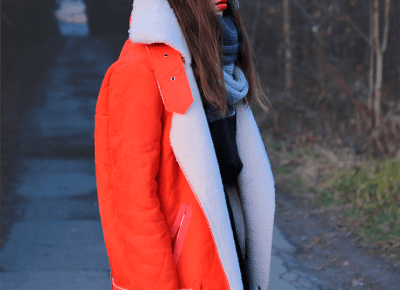 Jointy&Croissanty: faux sheepskin jacket and pleated skirt
