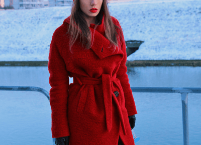 Jointy&Croissanty: red wool trench coat