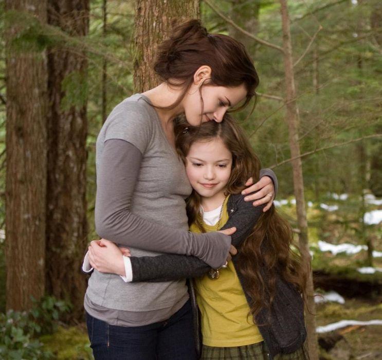 """Zobaczcie, jak wygląda teraz córka Belli i Edwarda ze """"Zmierzchu""""! Mackenzie Foy ma już 17 lat!"""