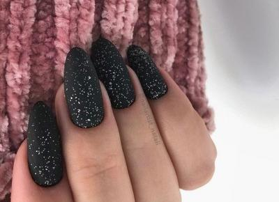 Black nails inspiration